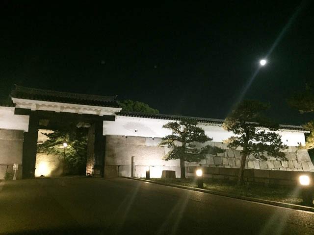 大阪城.夜の様子