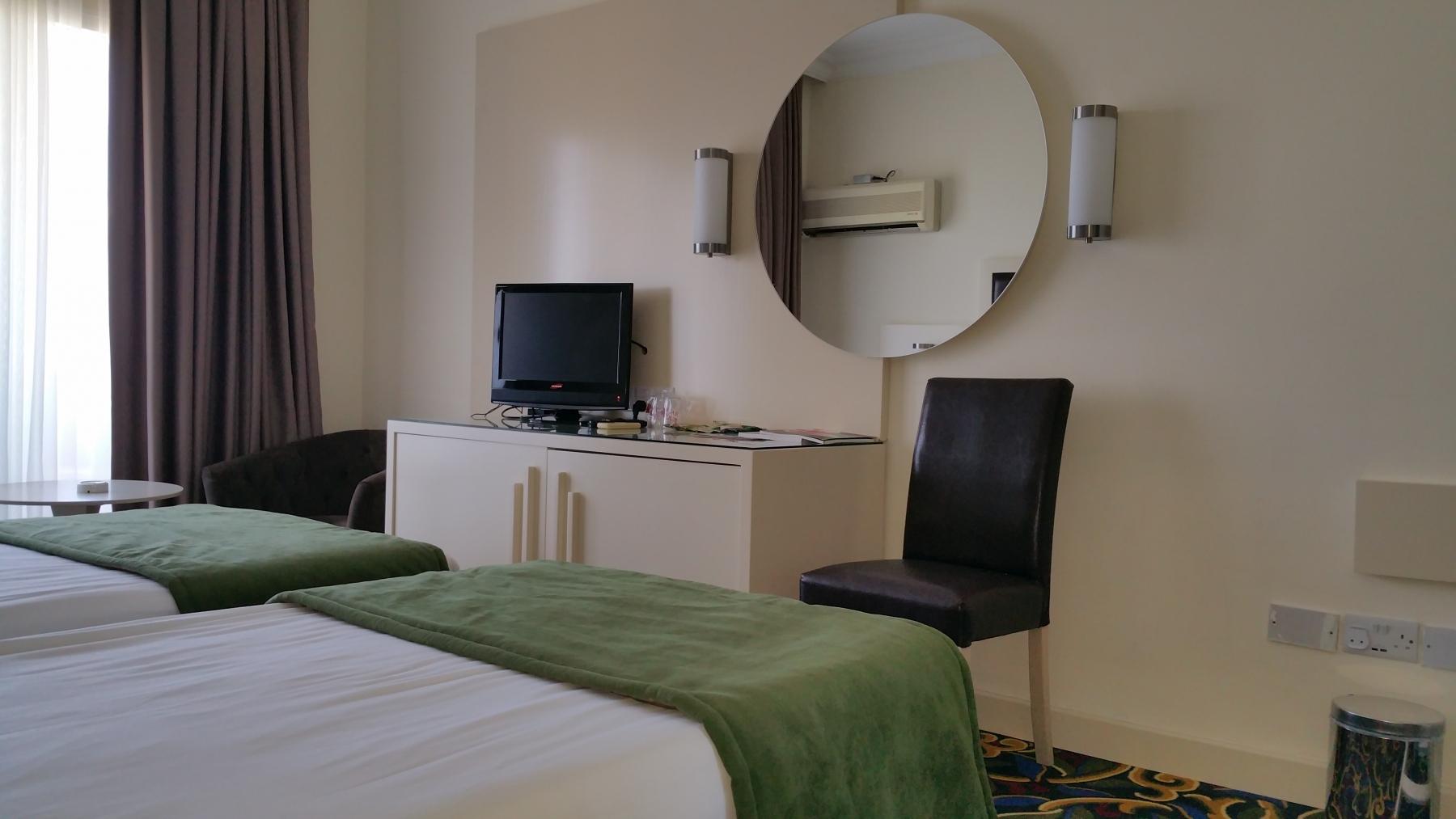 hotel-std-room