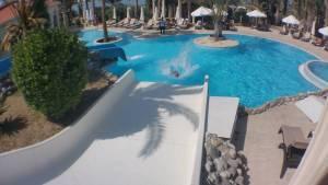 aquapark pool