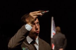 No Limit, Répétitions au Grand Palais, Paris. Mise en scène Robin Goupil assisté de Arthur Cordier. Martin Karmann & Théo Kerfridin.