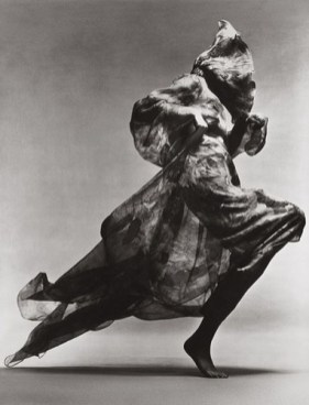 richard avedon jean shrimpton evening dress by cardin paris studio january 1970