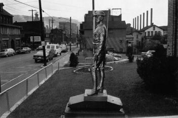 Lee Friedlander Johnstown, PA Plate 25 from %22Factory Valleys%22 1980