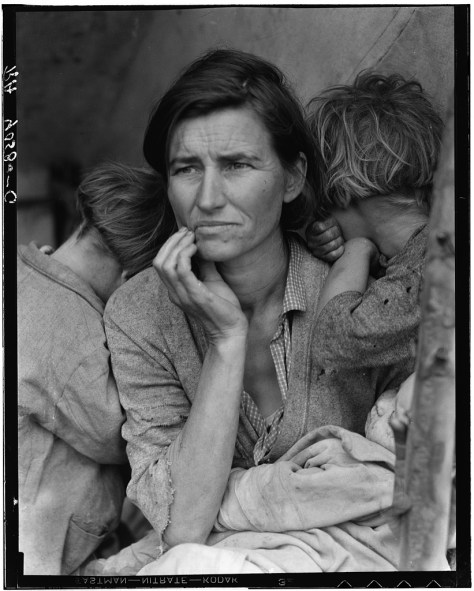 """Destitute pea pickers in California. Mother of seven children. Age thirty-two. Nipomo, California"" (alias La Madre Migrante). Dorothea Lange"