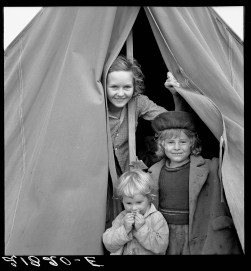 """Lighthearted kids in Merrill FSA (Farm Security Administration) camp, Klamath County, Oregon."" Dorothea Lange"