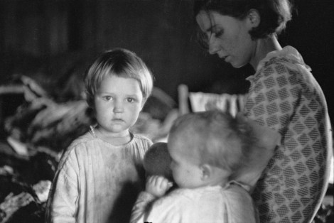 Family of sharecropper, North Carolina, 1935 Arthur Rothstein -