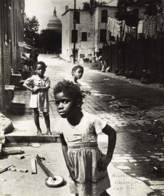 Marion Palfi. In the Shadow of the Capitol, 1948. Gelatin silver print. The Jewish Museum