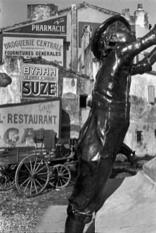 Martigues, France 1932 Henri Cartier-Bresson.