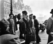 Le baiser de l'hôtel de ville, 1950 Robert Doisneau