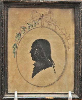 Silhouette 18th c man painted w floral painting 02 96 px
