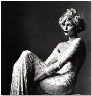 irving_penn_oscarenfotos_17nadja-auermann-irving-penn