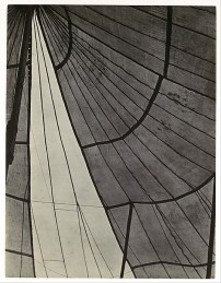 Edward Weston. Circus Tent. (1924)