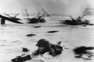 Robert Capa. Día D. 1944 Una fotografía que ejemplifica los criterios de valoración de la primera mitad del siglo XX.