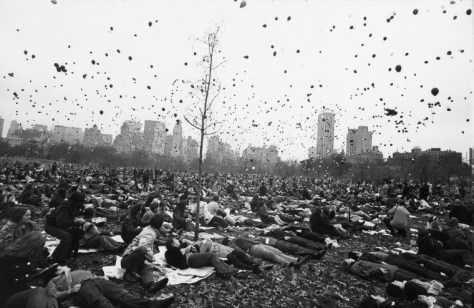 Garry_Winogrand_Peace Demonstration, Central Park, New York, 1970_63