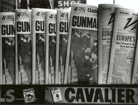 william-klein-gun-gun-gun-new-york-1955
