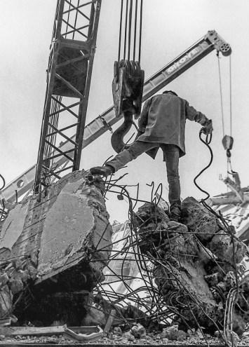 El hombre de acero | Tlatelolco, 20 de septiembre © Ulises Castellanos