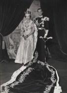 cecil_beaton_queen_elizabeth_ii_coronation_1