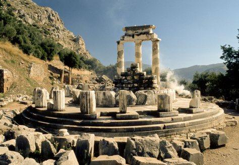 Templo en Delfos (Foto cortesía de © National Geographic)
