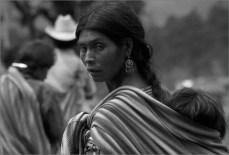 Pueblo indígena Tseltal Santo Domingo, Chiapas Lorenzo Armendáriz, 1990 Fototeca Nacho López, CDI