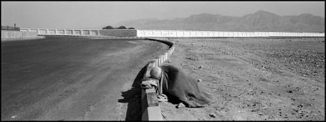 AFGHANISTAN. Mazar-e-Sharif. 2009. Beggar.