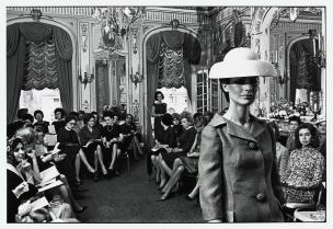 USA. New York City. 1964.Elliott Erwitt