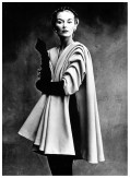 irving_penn_oscarenfotos_16lisa-fonssagrives-in-coat-by-balenciaga-photo-by-irving-penn-paris-vogue-sept-1-1950