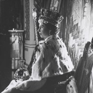 cecil_beaton_queen_elizabeth_ii_coronation_2