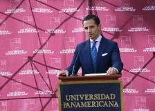 Fernando Batista. El Secretario General de la UP en su discurso inaugural.