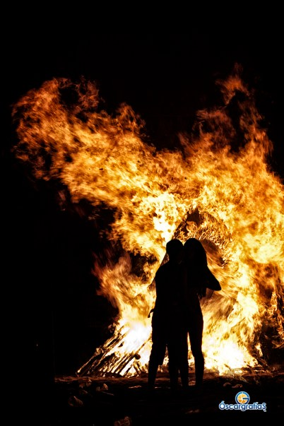 Lovers in flames