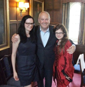 Gyles-with-sara-Wright-and-Libby-Murphy-2010
