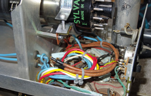 Heathkit Oscilloclock - CRT support set back + wires tucked