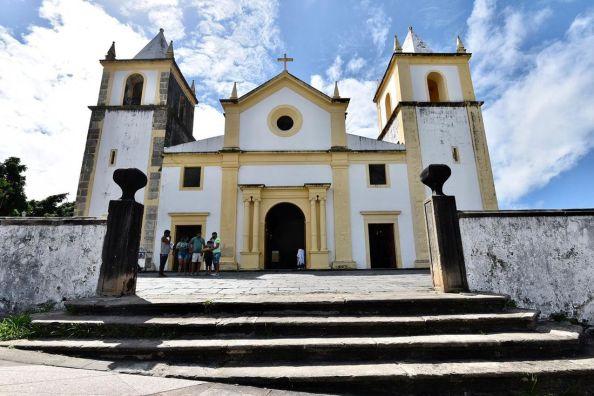 Igrejas poderão voltar a receber fiéis aos fins de semana na RMR; veja o funcionamento no Estado