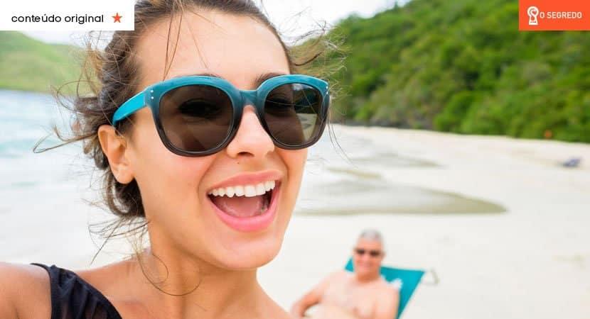 Uma pessoa feliz não expõe toda a sua vida nas redes sociais!