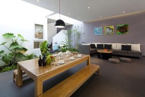 urban-vietnamese-house-combined-space-indoor-garden-8-table-living-angle-thumb-630x420-18755