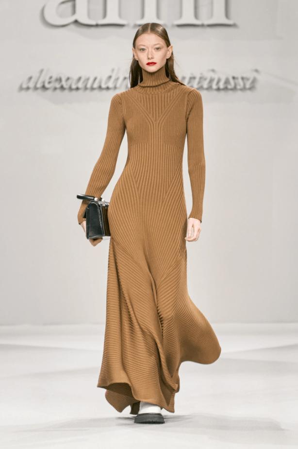 브라운 니트 드레스
