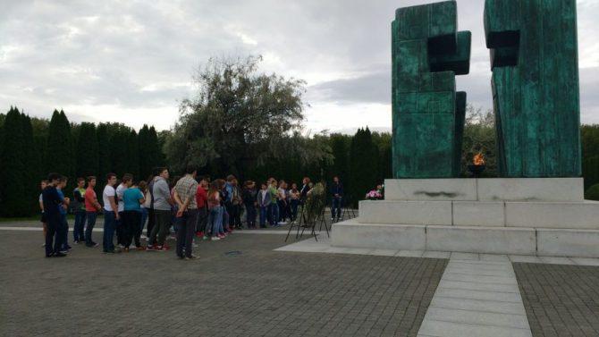 """Projekt """"Posjet učenika osmih razreda Vukovaru"""""""