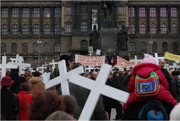 Pochod pro život 2009, u Sv. Václava (foto jarda771)