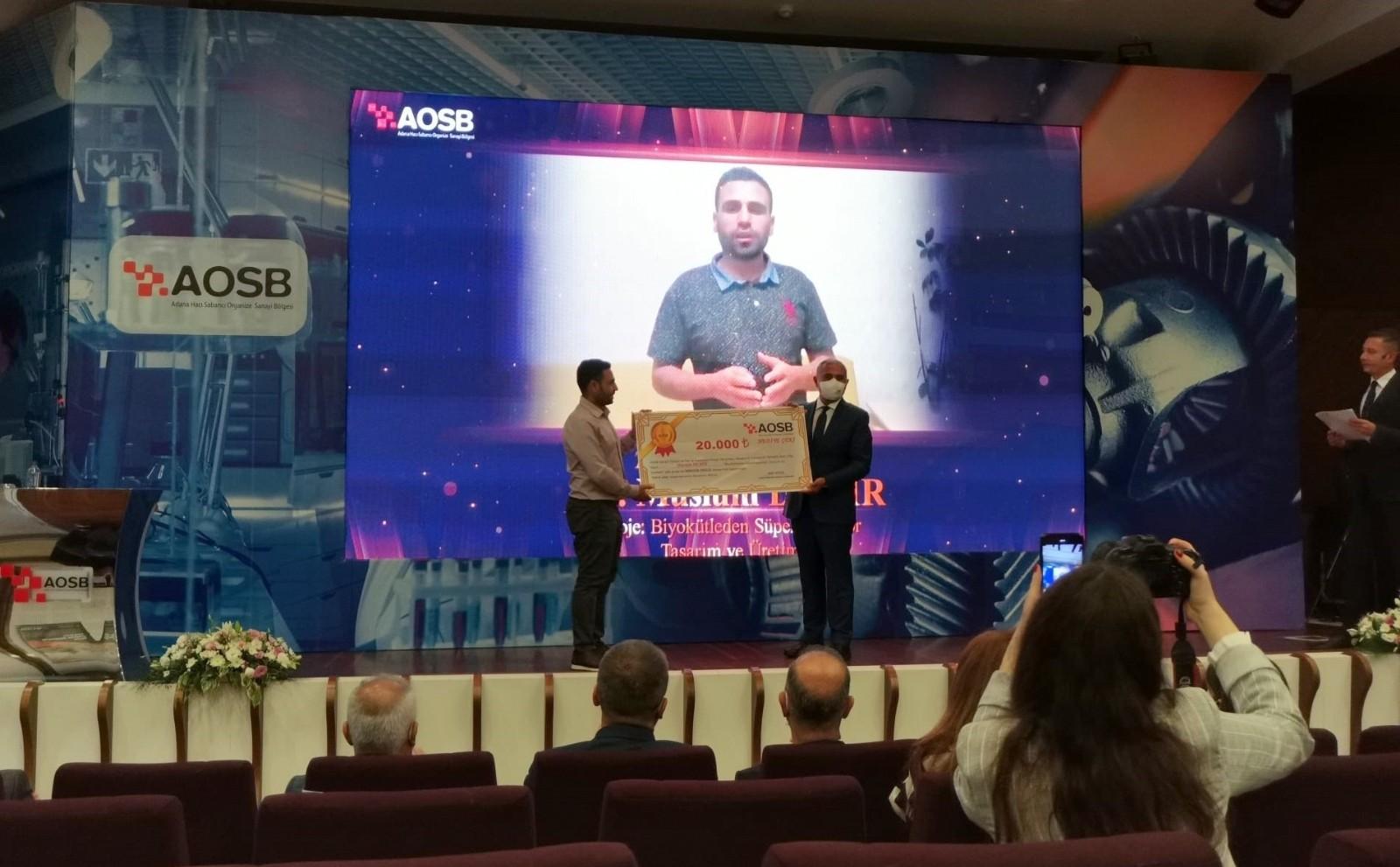 AOSB'den Öğretim Üyesi Müslüm Demir'e ikincilik ödülü