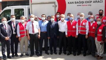 AK Parti'den Kızılay'ın kan bağışı kampanyasına destek