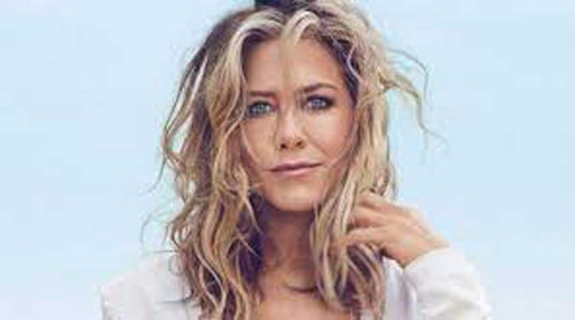 Hollywood actress, Jennifer Aniston says she wishes her next relationship is somebody from the acting or entertainment industry.