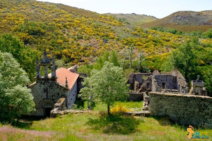 Mosteiro de Santa Maria das Júnias - Pitões das Júnias @osmeustrilhos
