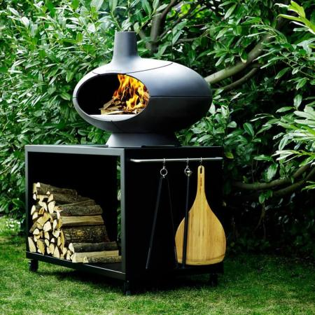 A photo of the Morso Forno Garden Deluxe Package