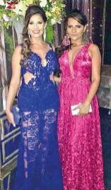 A bela formanda Larissa ao lado de sua irmã Thiara Morais