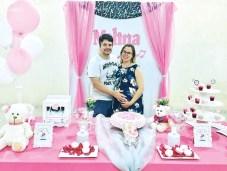 O Jornalista Alisson Andrade e a sua esposa Larissa Andrade. Expectativa para a chegada da filha do casal, Melina
