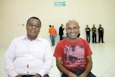 O diretor do Jornal Alerta, Antonio Carlos e Manoel Pereira da Unipeças, no evento circuito empresarial em Teixeira de Freitas