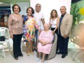 Dona Cesar com os filhos Olga, Celda, Jadilton, Lídia e Jadilson
