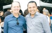 O diretor de Relações Institucionais da Câmara de Mucuri, Elvacy Venâncio, e o diretor da Agência Campos de Ideias de Eunápolis, Emerson Campos, no evento solene de inauguração da subprefeitura de Itabatã