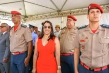 Prefeita Cláudia Oliveira foi a madrinha da turma