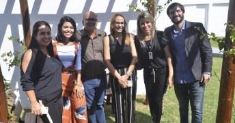 Representantes do município de Caravelas e do Governo do Estado da Bahia