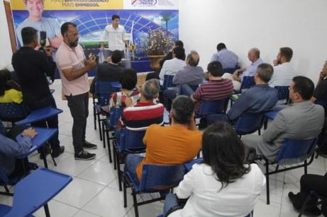 visita-prefeito-teofilo-otoni-polo -industrial (48)