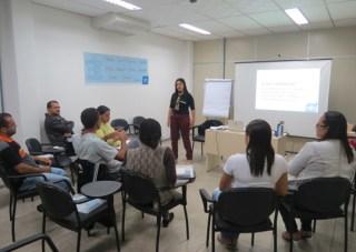 A consultora Shirlei Ferraz ministrou a oficina e destacou que o treinamento vai além das técnicas de comercialização